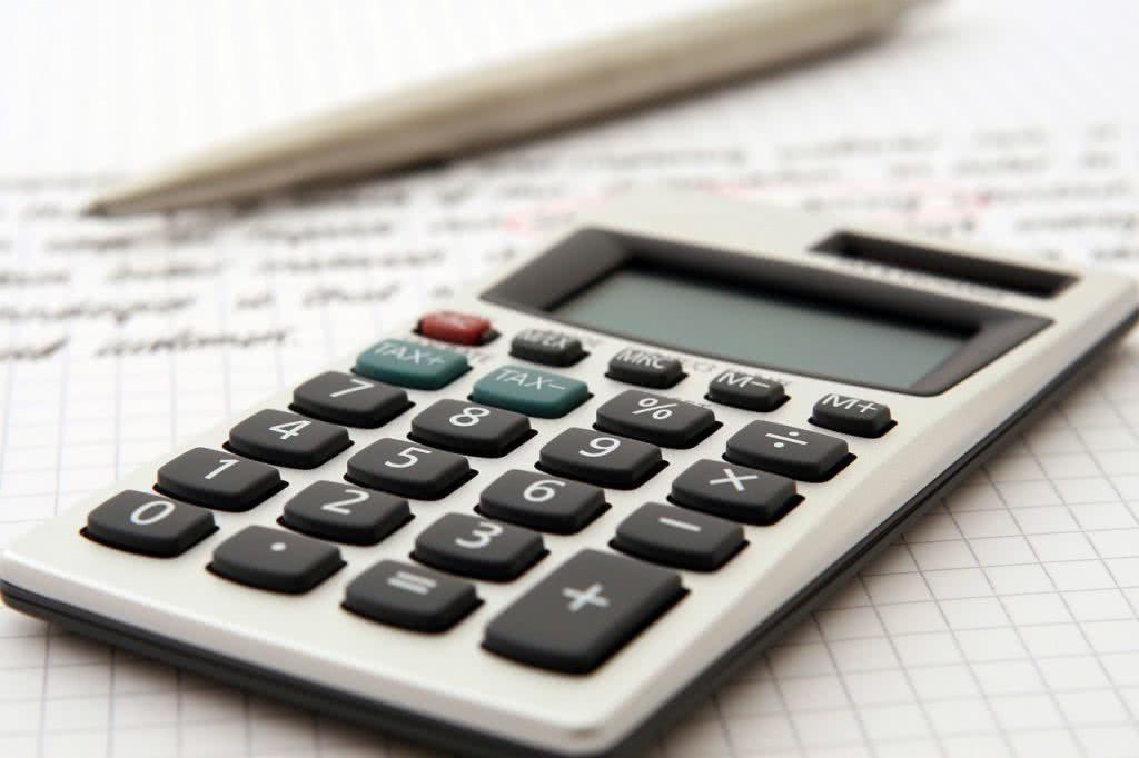 Calculator crunching numbers